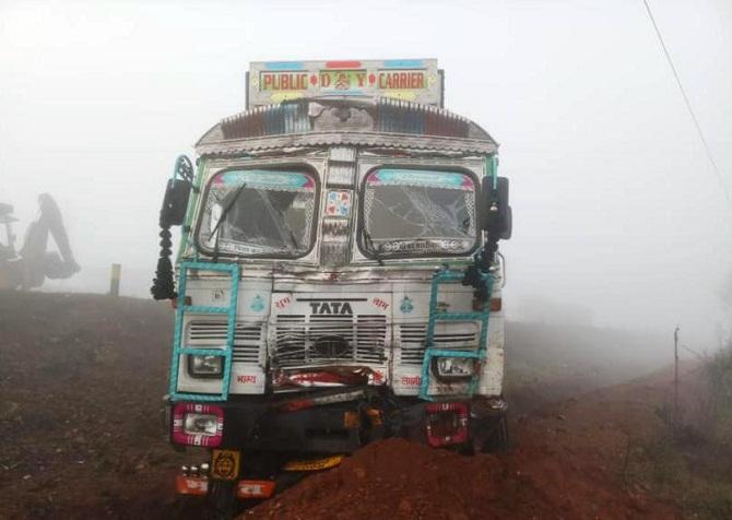 Truck-Accident-In-Sundargarh-Aajira-Odisha