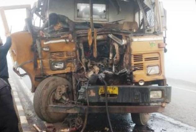 Truck-Series-Accident-by-Heavy-Fog-Aajira-Odisha