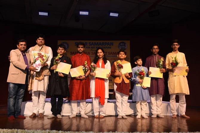 Kala-Shiromani-Award-Aajira